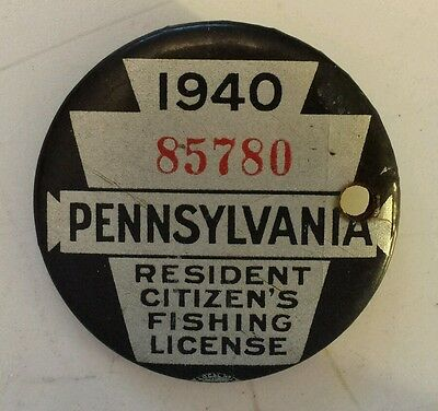 """Vintage Collectible """"1940 Pennsylvania Resident Citizens Fishing License"""" Pin"""