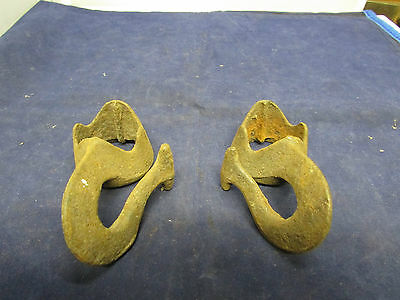 Vintage Farm  Barn Find 2 Circle Hooks With Great Patina