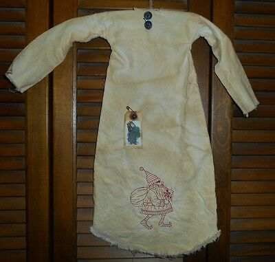 Primitive Decor REDWORK SANTA WITH BAG Nightshirt,Cupboard, Grungy,Christmas