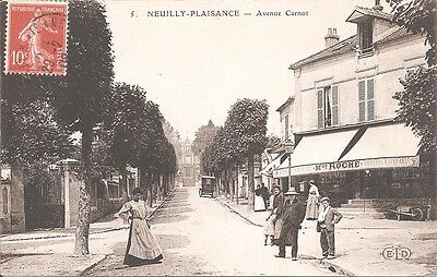 CPA - Neuilly-Plaisance - Avenue Carnot