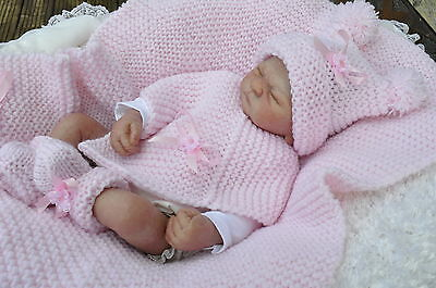 baby  /  girl knitting pattern   chunky pocho hat booties blanket   18/26  in