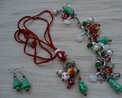 Christmas Theme Costume Jewelry Milk Glass Necklace, Bracelet and Earrings NICE