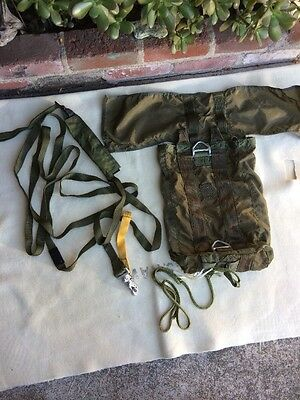 US Military Parachute T 10 Lowering Line Assembly With Bag