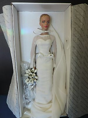 Tonner Show Stopping Sydney Bride Doll In Or. Box