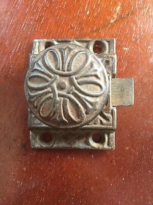 VTG Old Fancy Cast Iron EASTLAKE Ornate Cabinet Turn Knob Latch