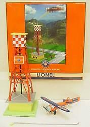 Lionel 32920 Animated Pylon with Airplane  New in Box