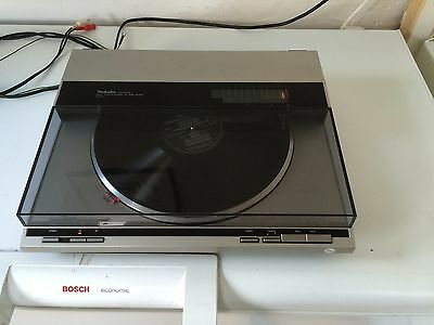 Technics Sl-Q1 Linear Tracking Direct Drive Automatic Turntable