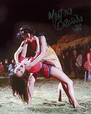Martine Beswick - Zora - From Russia with Love - Signed Autograph REPRINT