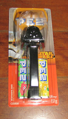 NEW Star Wars PEZ DISPENSER Darth Vader DISNEY