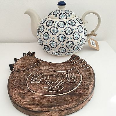 Vintage Retro Style Farmhouse Solid Wood Hen Teapot Pan Stand Trivet Coaster
