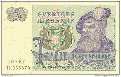 SWEDEN 5 KORONOR 1977 P-51d UNC YEAR IN PALE RED OFFSET [SE51d1977]
