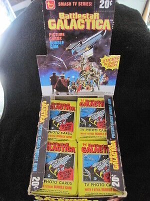 Topps Battlestar Galactica Trading Card Box in great shape with 33 sealed packs