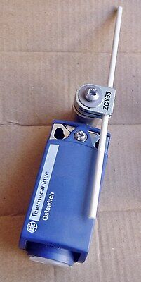 Schneider Electric XCKP2155P16 Limit Switch Telemecanique Sensor ZCP21