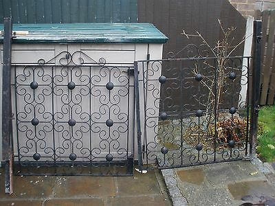 Cast Iron double gates with posts