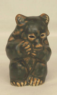 Vintage Khud Kyhn BROWN BEAR CUB SITTING Royal Copenhagen Figurine 21435 Denmark