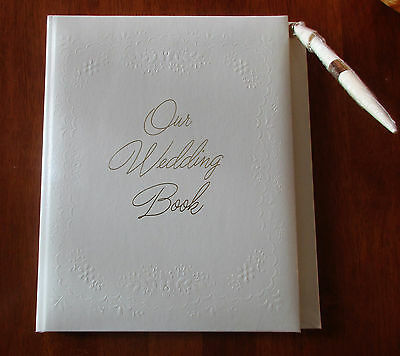 Vintage Guest Book C.R.Gibson Cream Pen W12-37 Wedding Party Gift Registry 1979