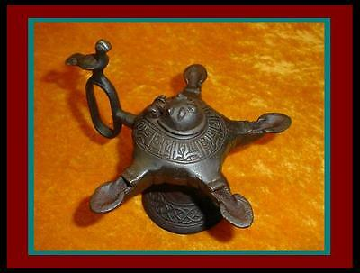 Nice! ANTIQUE Bronze PERSIAN 4 Font OIL LAMP w/ Lion Head Lid & Falcon on Handle