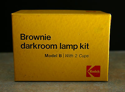 Vintage Kodak 'Brownie Darkroom Lamp Kit' Model B with 2 cups for film