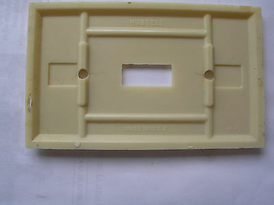 Vintage Single Switch Plate ivory Bakelite   Faceplate