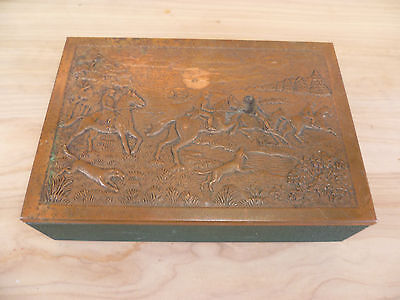 Vintage Old English Hunting Scene Copper Lidded Box, (A23)