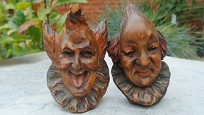 VERY RARE UNUSUAL ANTIQUE BLACK FOREST, OAK CARVED JESTER HEADS, APP 4inch LOT 3