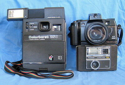 Lot of 3 Vintage Different cameras for collection.
