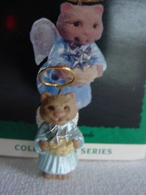 Tiny Kitty Cat HALLMARK NATURE'S ANGELS  MINIATURE CHRISTMAS ORNAMENT 1993 wbox