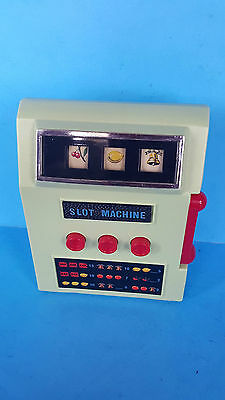 VINTAGE WACO MINT GREEN TOY SLOT MACHINE (not working)