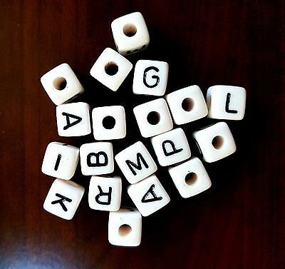 100 Dados carílicos alfabeto color blanco10 mm cubes dices letras beads alphabet