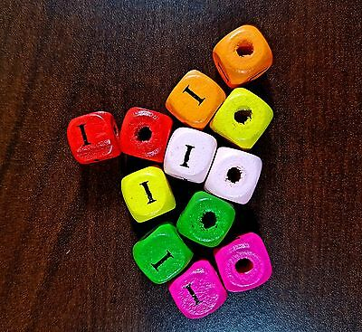 36 Dados letra I madera colores 10 mm cubes dices letter I beads
