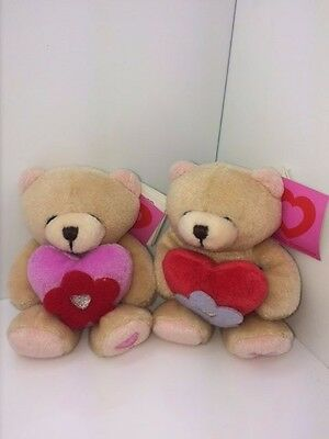 2 New FOREVER FRIENDS Plush Mini Beanie Bears With Hearts CHRISTMAS Gift BNWT