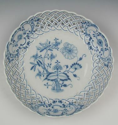 Meissen China BLUE ONION-OVAL STAMP Pierced Bowl EXCELLENT
