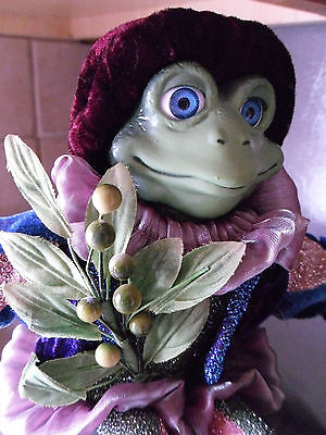 Christmas Around the World Mr. Mistletoad Toad Kiss to become a Prince Posable