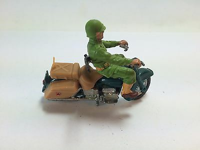 VINTAGE BRITAINS ROAD MODELS No 9682 HARLEY DAVIDSON U.S. ARMY MOTORCYCLE