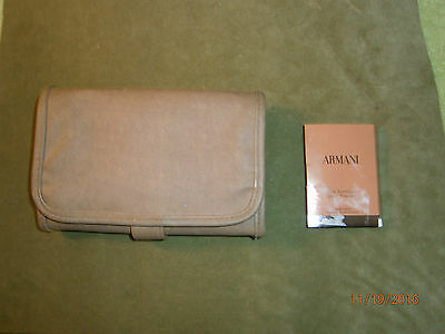 Giorgio Armani Elegant Men's Travel Wallet With Deluxe Sample!!!  Free Shipping