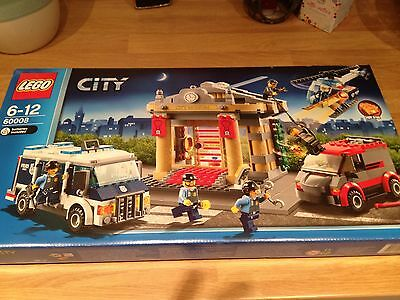 LEGO CITY 60008 Museum Break-in Brand new,factory sealed