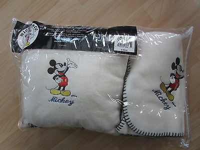 Disney Mickey Mouse Fleece Throw And Pillow New In Package Cdom17