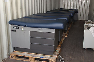 Ritter 104 Exam Table  (Location - Container)