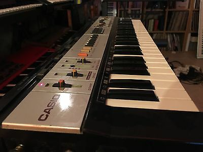 Casio MT-400v  - Analogue filters.  Vintage Rare Synth 1984