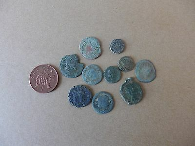 10 Uncleaned British Found Roman Coins Dating 3rd-4th Century AD (17)