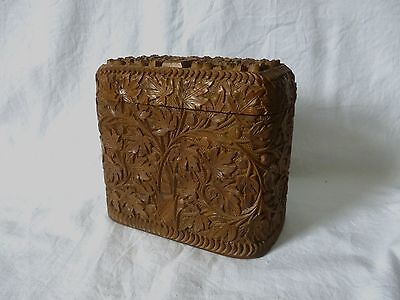 VINTAGE post war hand carved wooden INDIAN CIGARETTE BOX with floral decoration