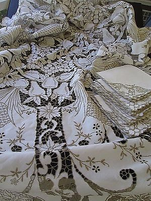 ANTIQUE MADEIRA CUTWORK FRUIT HAND EMBROIDERY LINEN TABLECLOTH 12 NAPKINS 66x110