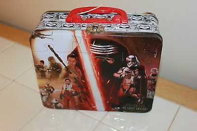 STAR WARS The Force Awakens  Children's Metal Lunchbox  Lunch Box -GUC free ship