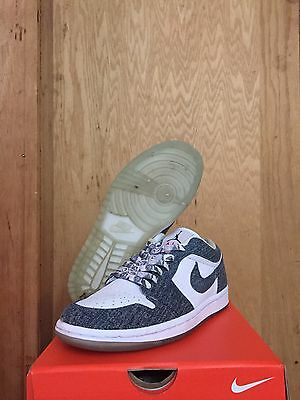 49144be8f0a4d1 NIKE AIR JORDAN 1 RETRO LOW DENIM AND WHITE 315921-141 size 6.5y