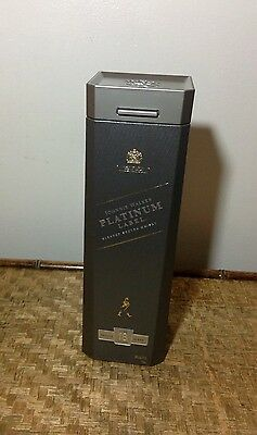 Johnny Walker Platinum Label 18 Year Old Whiskey Plastic Case & Bottle ��RARE��
