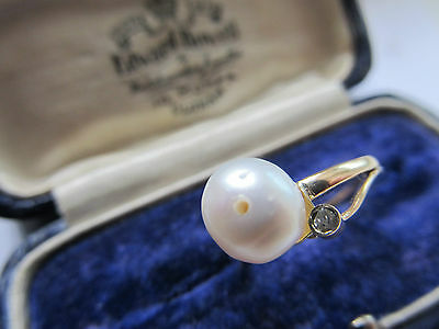 Vintage Diamond Gold (14 Carat) And Pearl Ring