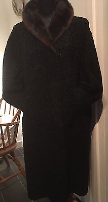 Stunning 1950's Vintage Astrakhan Coat With Mink Collar Size 16