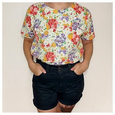 VINTAGE 1990's Bold All Over Floral Print Cotton T-Shirt Top TEE Small
