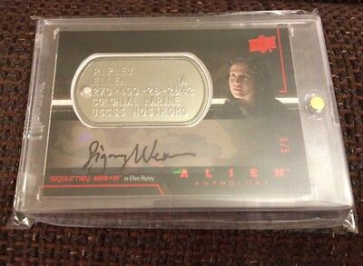 Alien Anthology Dog Tag Auto Card Sigourney Weaver as Ripley #5/5 by Upper Deck