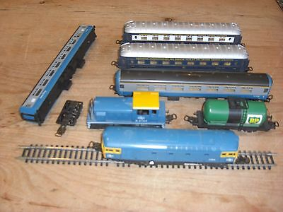 Miscellaneous collection of Lima HO Train models, 2 locos; Lima style couplings